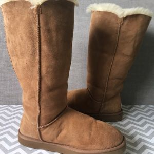 UGG, Bailey Button Triplet II Shearling Boot